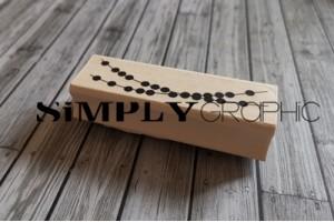 tampon bois guirlande de confettis